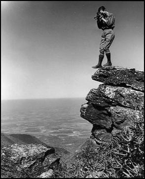 photographer on lookout mountain